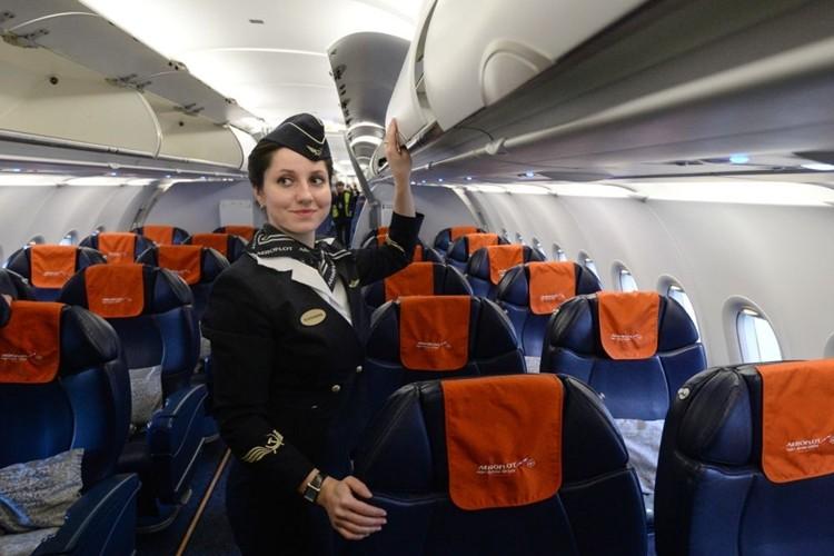 Ngam dan nu tiep vien lam nen thuong hieu Aeroflot-Hinh-9