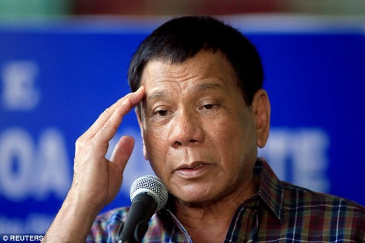 Tong thong Philippines: Chong ma tuy, quen hiem hoa khung bo