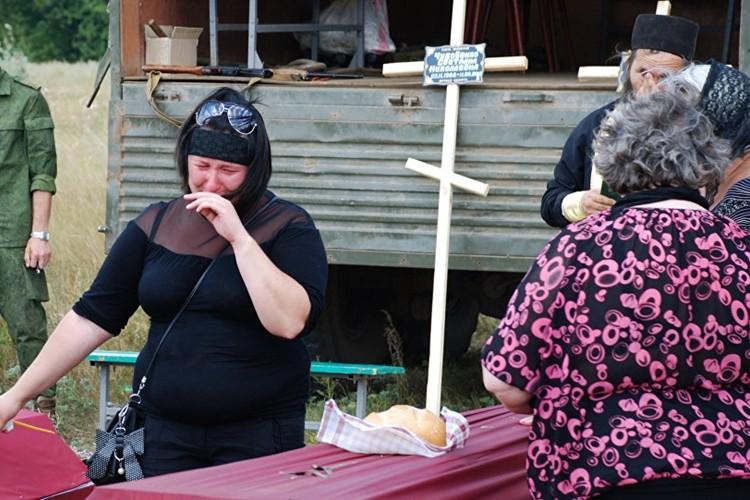 Xung dot Ukraine: Hon 10.000 chet, gan 24.000 nguoi bi thuong