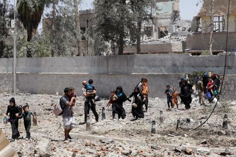 Quan doi Iraq tan cong dut diem khu pho co Tay Mosul