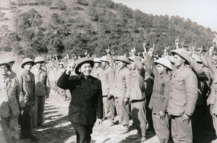 Xuc dong nhung mau chuyen ve Tuong Giap cua nguoi linh cu Ho