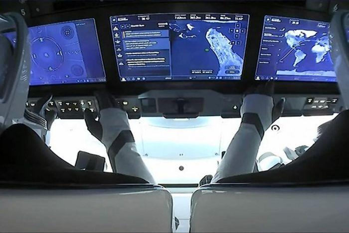 Ket thuc su menh, phi hanh doan Inspiration4 cua SpaceX tro ve an toan