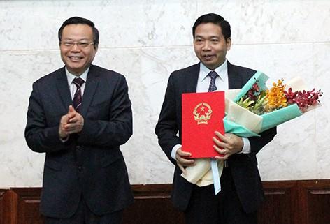 Hai Pho bi thu Tinh uy duoc dieu dong ve Trung uong-Hinh-2