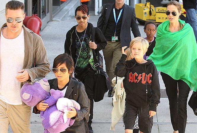 Brad Pitt: Angelina Jolie dang thao tung cac con