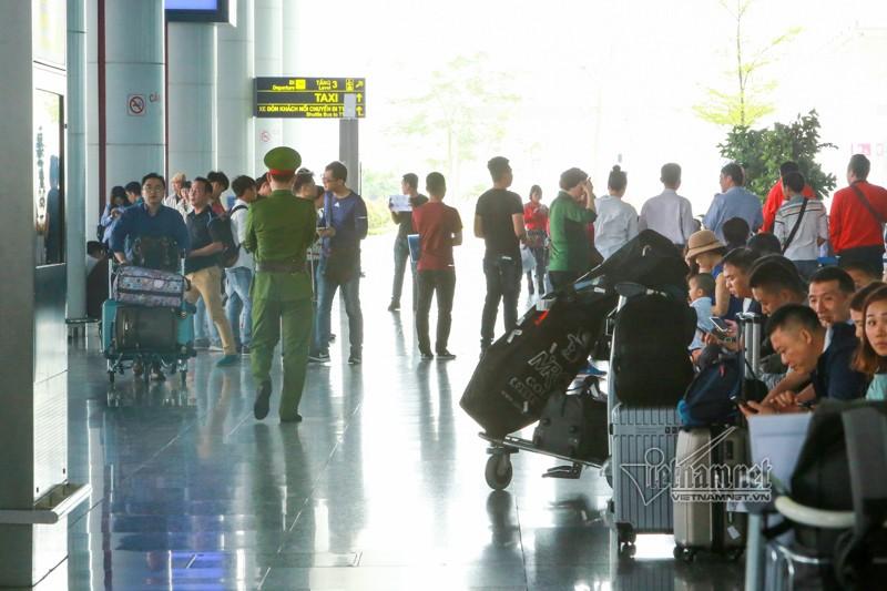 An ninh san bay Noi Bai that chat the nao truoc thuong dinh My-Trieu?-Hinh-4