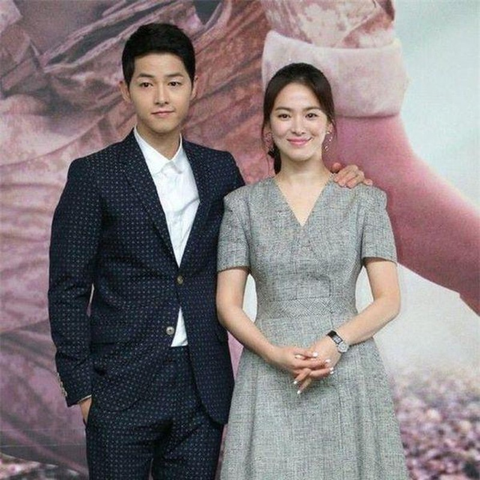 Soc: Song Joong Ki - Song Hye Kyo ly hon sau 2 nam cuoi-Hinh-5