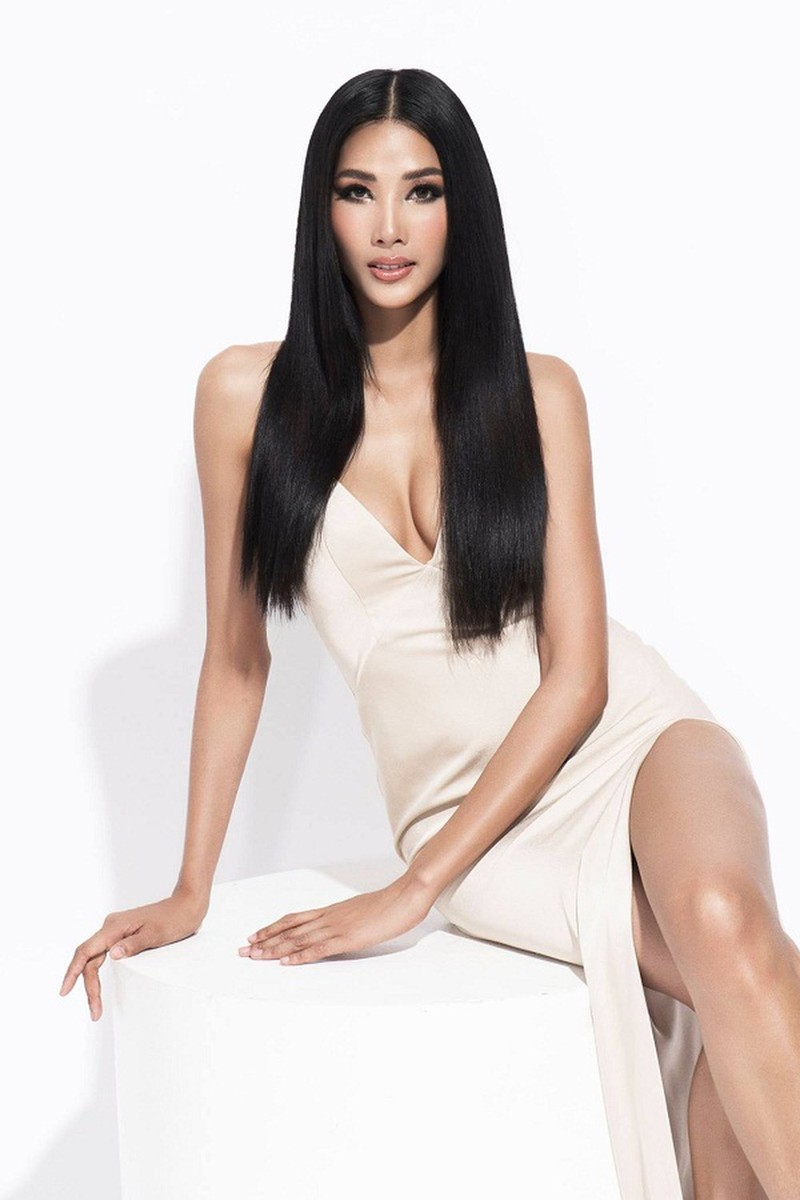 Hoang Thuy duoc danh gia trong top 10 thi sinh manh nhat Miss Universe 2019