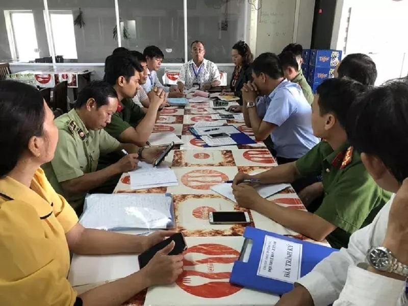 Nha hang o Vung Tau bi 'so gay' vi du khach to 'chat chem