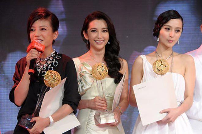 "3 sao Hoa ngu tra mai khong het nghiep vi danh ""ban deu"""