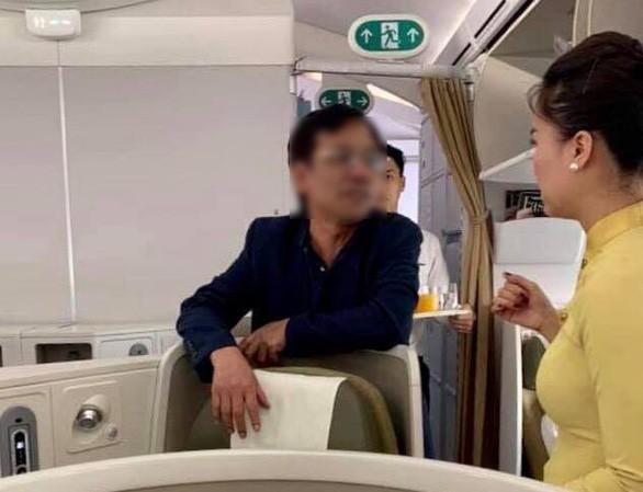 Nu dai uy cong an nao loan san bay va loat su co hang khong nam 2019-Hinh-4