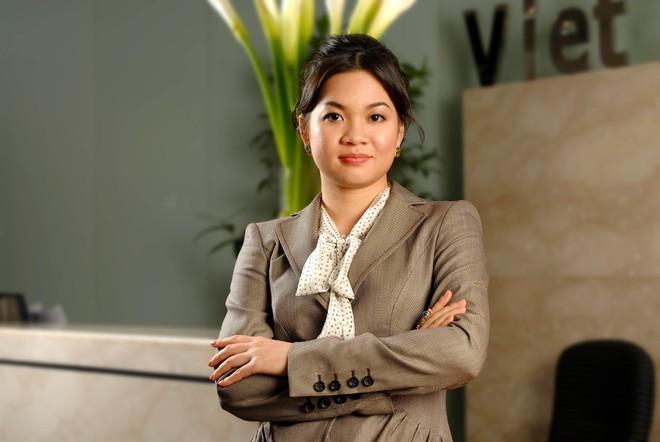 CK Ban Viet cua ba Thanh Phuong dat huy dong 500 ty, sao co phieu van am dam?