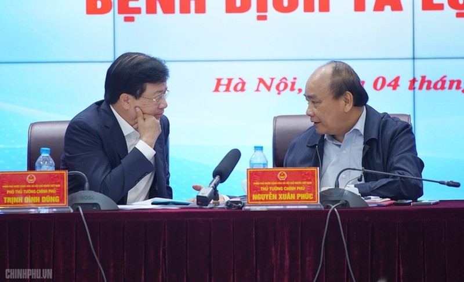 "Ha Noi: Nguoi dan ""dai co"" cho tien ho tro 200 con lon dich ta chau Phi-Hinh-3"