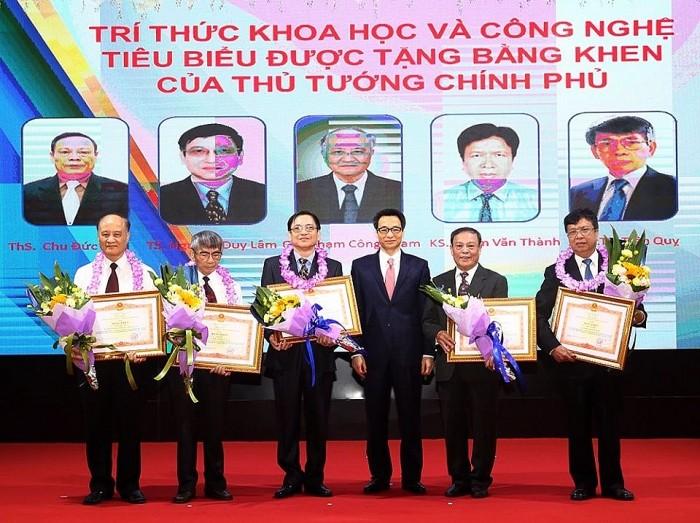 Pho Chu tich Nghiem Vu Khai: VUSTA phan dau tro thanh to chuc chinh tri-xa hoi vung manh tu Trung uong toi dia phuong-Hinh-2