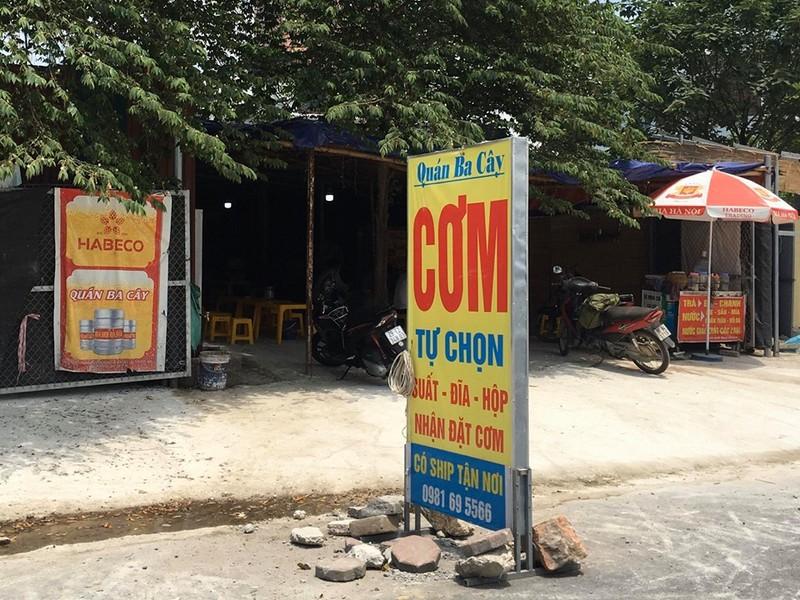 """Phuong Xuan La bat luc truoc """"ma tran"""" cong trinh vi pham tren duong Nguyen Van Huyen keo dai?-Hinh-10"""
