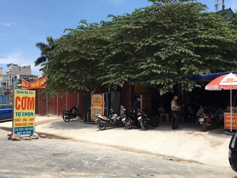 """Phuong Xuan La bat luc truoc """"ma tran"""" cong trinh vi pham tren duong Nguyen Van Huyen keo dai?-Hinh-9"""