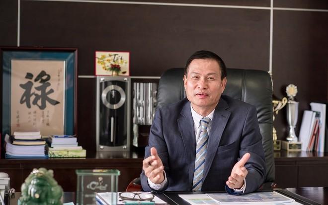Lum xum o Coteccons: Sao co dong muon bai nhiem ong Nguyen Ba Duong?
