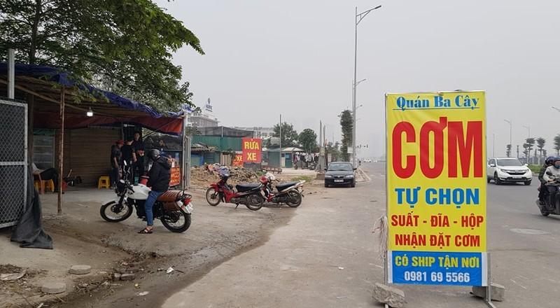 """Phuong Xuan La bat luc truoc """"ma tran"""" cong trinh vi pham tren duong Nguyen Van Huyen keo dai?-Hinh-11"""