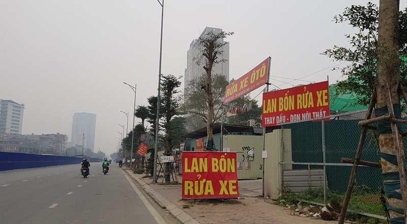 """Phuong Xuan La bat luc truoc """"ma tran"""" cong trinh vi pham tren duong Nguyen Van Huyen keo dai?-Hinh-4"""