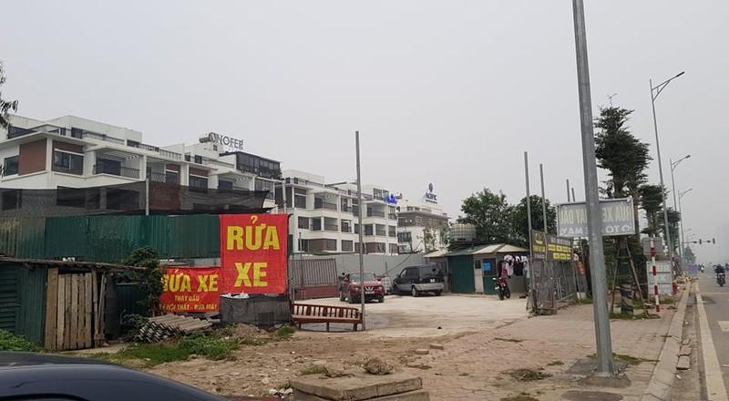 """Phuong Xuan La bat luc truoc """"ma tran"""" cong trinh vi pham tren duong Nguyen Van Huyen keo dai?-Hinh-5"""