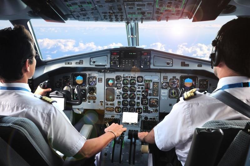 """27 phi cong Pakistan: Vietnam Airlines, Bamboo noi khong thue... dang """"troi noi"""" o dau?"""