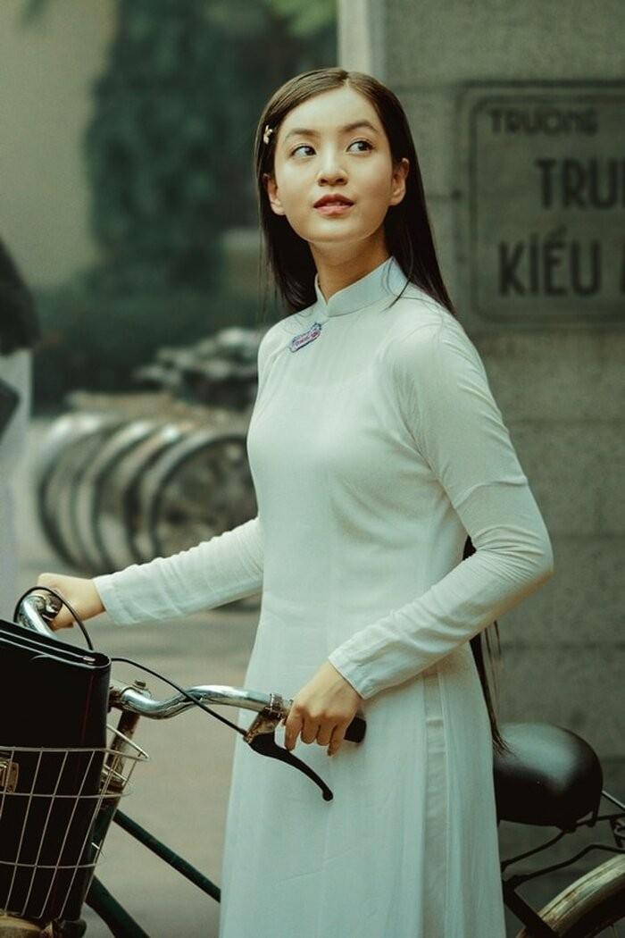 "Tram tro truoc tai nang cua nhung nu MC xinh dep ""van nguoi me""-Hinh-3"