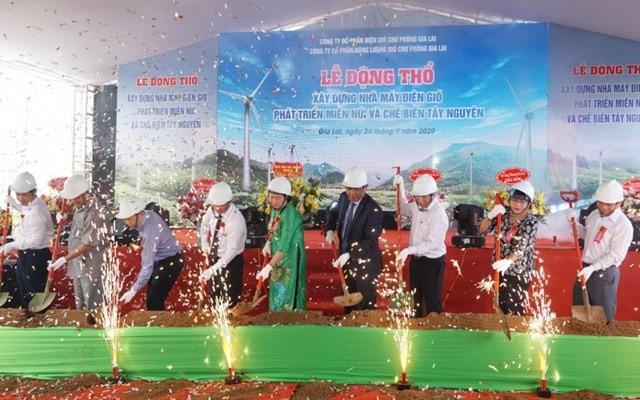 """Suc khoe tai chinh dai gia Nguyen Thi Sen vua """"luot song"""" Dien gio Chu Prong"""