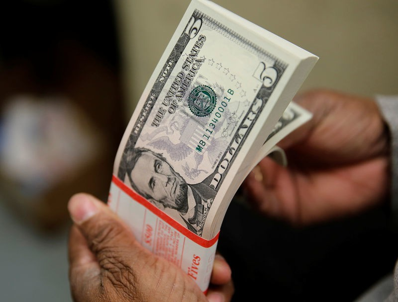 Ty gia ngoai te ngay 28/11: USD quay dau giam gap