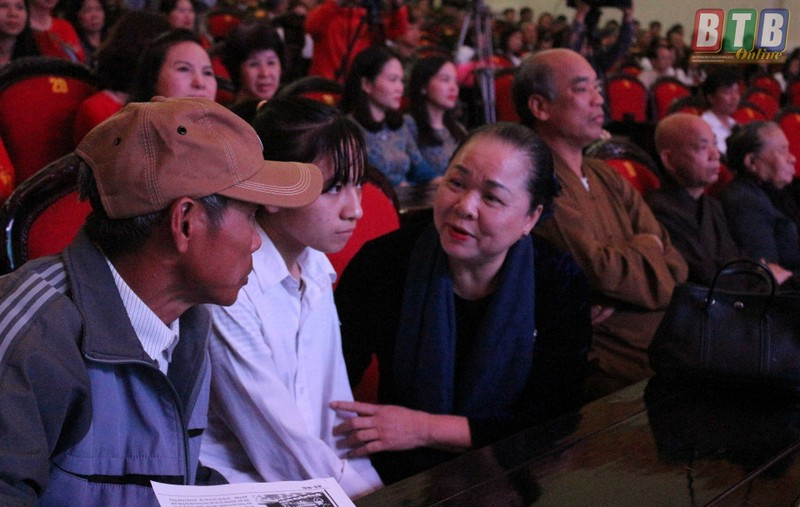 """Biet gi ve doanh nhan Tran Tuyet Mai Hai Ha Petro """"thau tom"""" Duoc Pharbaco?-Hinh-2"""