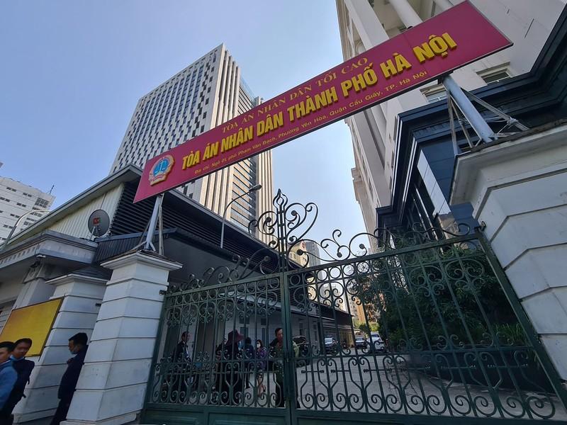 Vu Cty TDS - Truong Newton: Doi chat ve hinh anh ba Phuong - Dung bat tay ky hop dong-Hinh-2