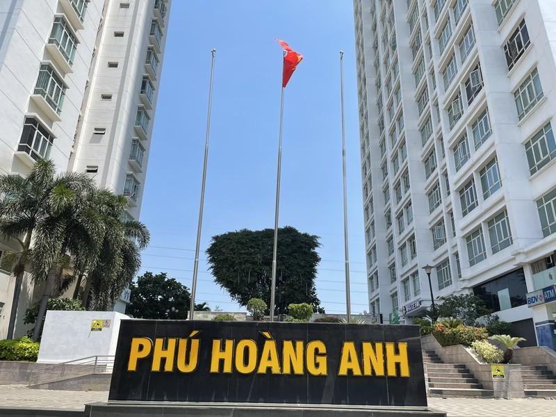 Cam cu dan vao o chung cu Phu Hoang Anh: Trach nhiem BQT sao?