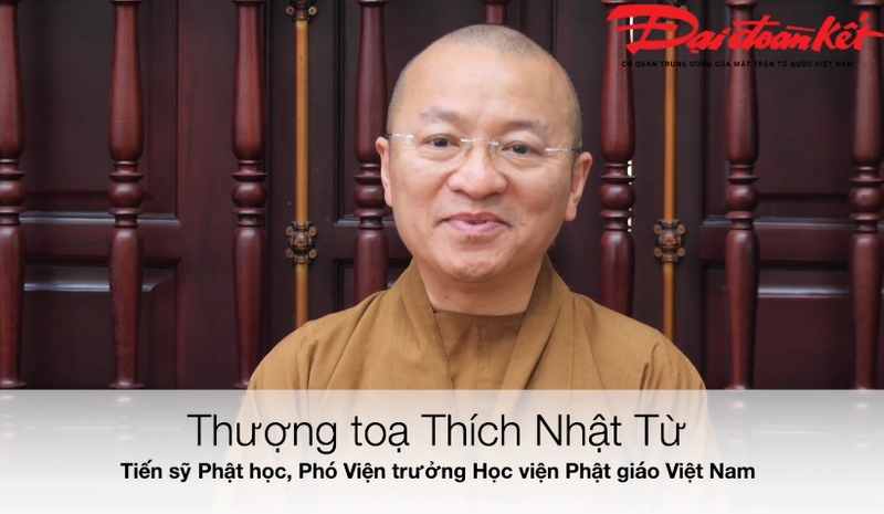 Thuong toa Thich Nhat Tu: 'Phap bao' cua CLB Tinh Nguoi day ray nhung sai trai
