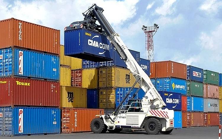 """Hoa Phat """"lan san"""" san xuat container... ky vong vuot muc tieu 2021?"""