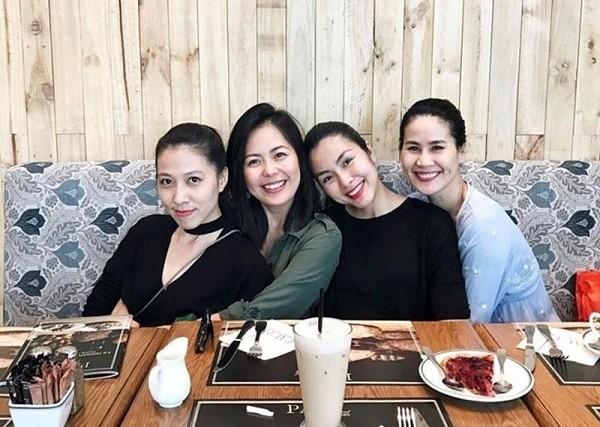 4 hoi ban than sang chanh bac nhat showbiz Viet-Hinh-3