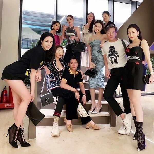 4 hoi ban than sang chanh bac nhat showbiz Viet-Hinh-6