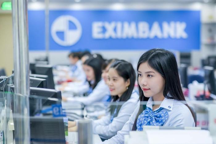 """Cuoc chien quyen luc Eximbank: Mien nhiem chu tich roi """"tra lai ghe""""-Hinh-2"""