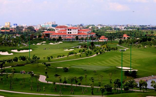 Ha Noi dung hoat dong san golf: Dai gia Him Lam, Golf Ciputra... thiet hai lon?