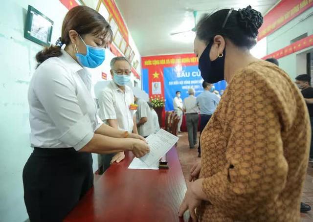 Me Linh: Can canh nguoi dan di bo phieu lai sau khi co vi pham-Hinh-10