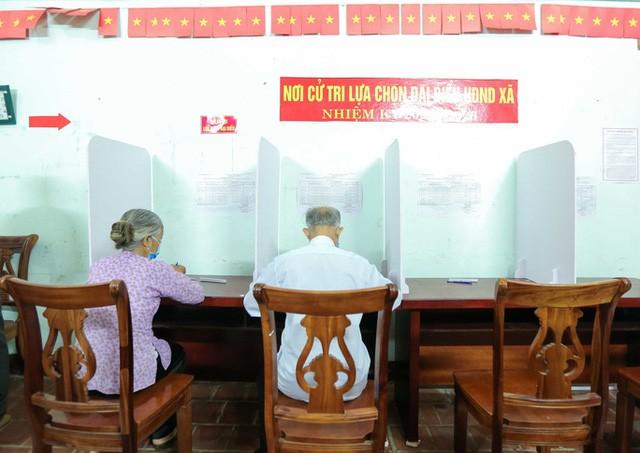 Me Linh: Can canh nguoi dan di bo phieu lai sau khi co vi pham-Hinh-11