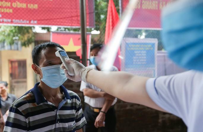 Me Linh: Can canh nguoi dan di bo phieu lai sau khi co vi pham-Hinh-4
