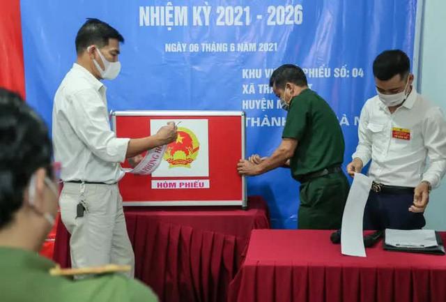 Me Linh: Can canh nguoi dan di bo phieu lai sau khi co vi pham-Hinh-8