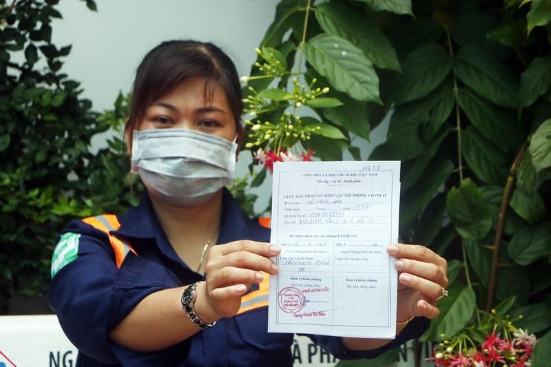 Cong nhan tai Binh Duong dong loat duoc tiem mui 1-Hinh-15