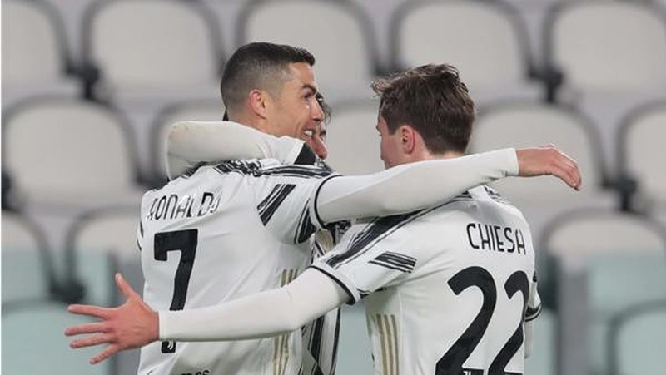 3 su that ve tinh yeu tu viec Ronaldo quay ve voi Manchester United