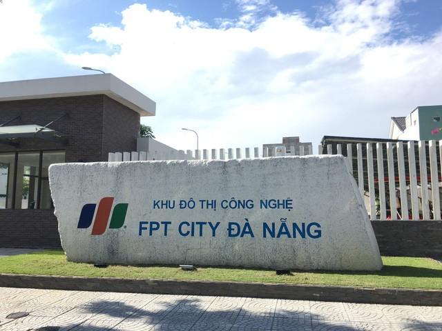 Chu tich FPT xay truong nuoi day 1.000 tre mo coi giau co nao?-Hinh-2
