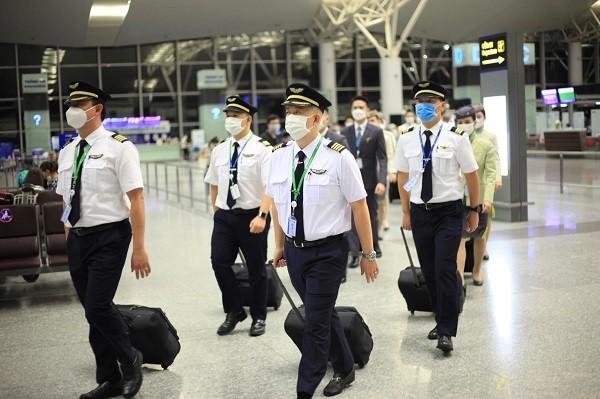 Bamboo Airways khai thac chuyen bay thang dau tien den My-Hinh-2
