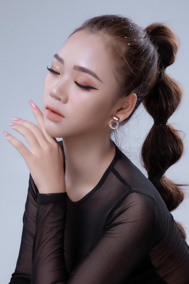 Thi sinh Hoa hau Hoan vu Viet Nam 2021 bi che thieu ca tinh-Hinh-10