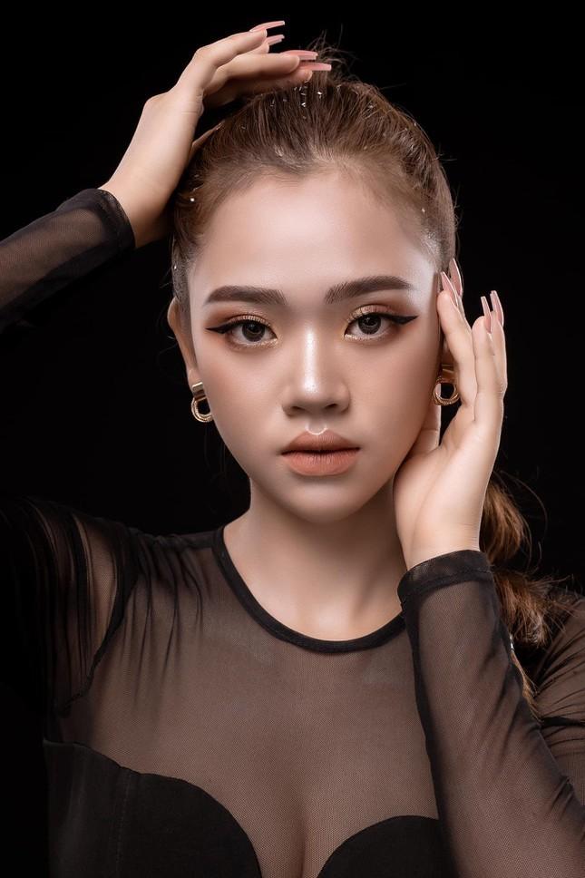 Thi sinh Hoa hau Hoan vu Viet Nam 2021 bi che thieu ca tinh-Hinh-5