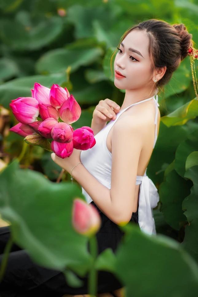 Thi sinh Hoa hau Hoan vu Viet Nam 2021 bi che thieu ca tinh-Hinh-6