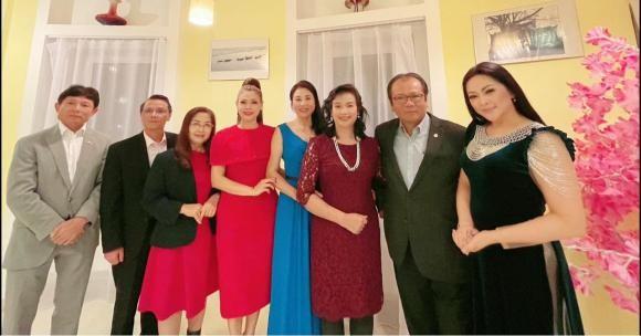 Nhan sac cua Nhu Quynh qua ong kinh thuong: Mat met moi-Hinh-4