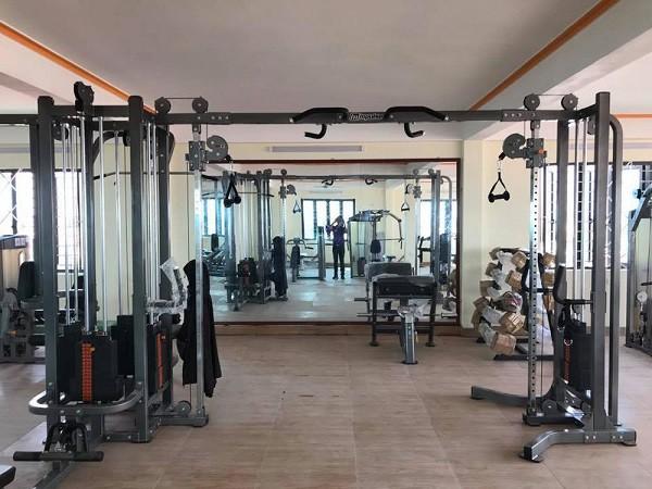 Chu phong gym, giam doc spa: Tham canh pha san, om no tien ty-Hinh-2