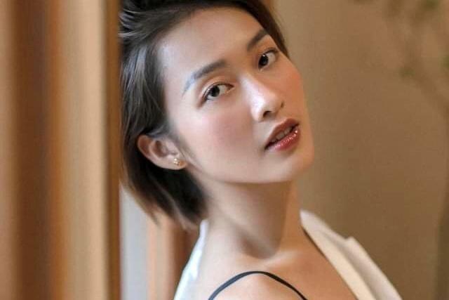 Nhan sac doi thuc cua dan my nhan phim truyen hinh gio vang VTV-Hinh-8